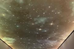 Натяжні-стелі-зоряне-небо